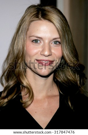 BEVERLY HILLS, CA - NOVEMBER 20, 2006: Claire Danes at the 2006 Los Angeles Free Clinic Annual Dinner Gala held at the Beverly Hilton Hotel in Beverly Hills, USA on November 20, 2006.