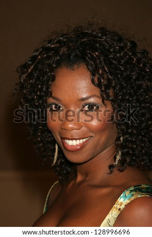 """BEVERLY HILLS - NOVEMBER 03: Vanessa Williams at the """"Beverly Hills 90210"""" and """"Melrose Place"""" First Season DVD Launch at Beverly Hilton Hotel November 03, 2006 in Beverly Hills - stock photo"""