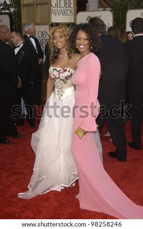 BEYONCE KNOWLES & GARCELLE BEAUVAIS NILON at the Golden Globe Awards at the Beverly Hills Hilton Hotel. 19JAN2003.  Paul Smith / Featureflash - stock photo