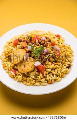 Bhel poori, an Indian road side snack