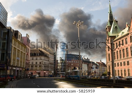 Big smoke from the fire in the city of Wroclaw, 30.10.2007 (Poland)