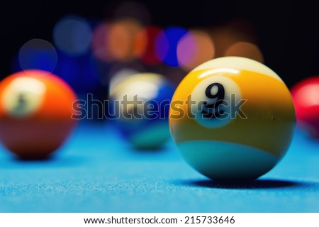 Billiard Balls / 9th ball