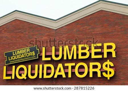 Vance alcirca january 2015 mercedes benz stock photo for Lumber liquidators decking material