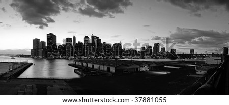 black and white panorama photo of lower manhattan viewed from brooklyn