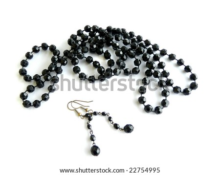 Black necklace with earrings