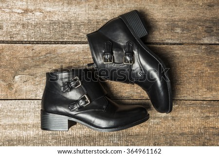 Black women's shoes