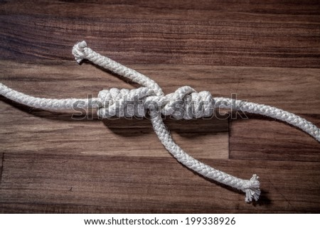 Blood Knot with white rope