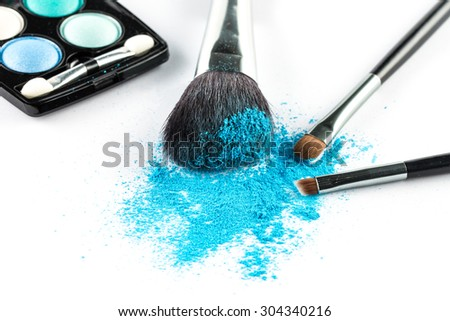 blue Powder Eyeshadow on a Brush with Make up Palette, fashion beauty  tool blusher