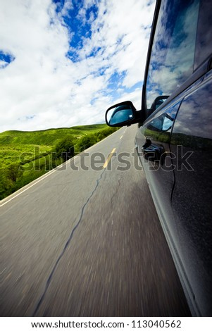 Blue sky, drive, starting from the airport, Beijing to the outskirts of the scenery on the road, straight road