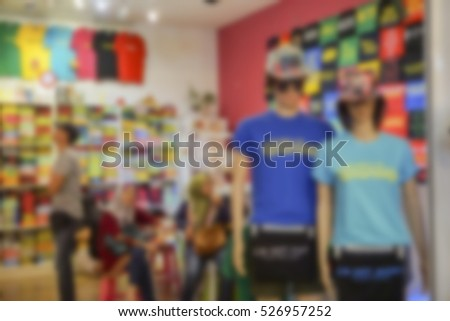 Blur image inside a shopping mall with bokeh background