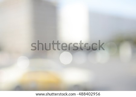 blurred background, city traffic