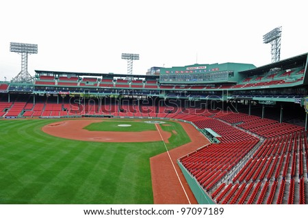 BOSTON - MAY 23: Fenway Park on May 23, 2011 in Boston.  Fenway Park is the oldest professional sports venue in the United States.