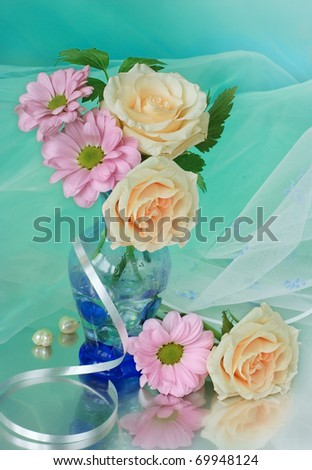 Bouquet of roses on grin background - stock photo
