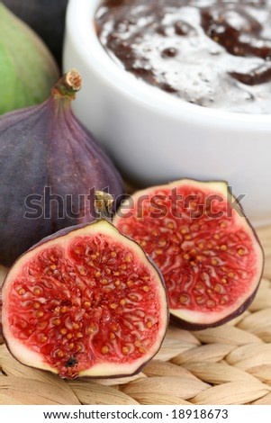 bowl of fig preserved and some fresh figs
