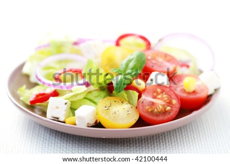 bowl of fresh vegetable salad - food and drink
