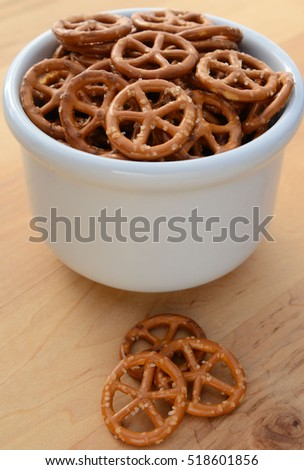 Bowl of small round salty pretzels