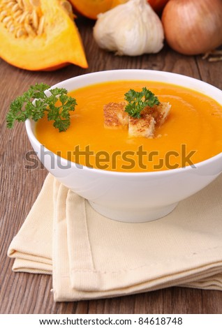 bowl of soup and crouton