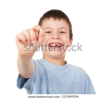 boy show a lost tooth