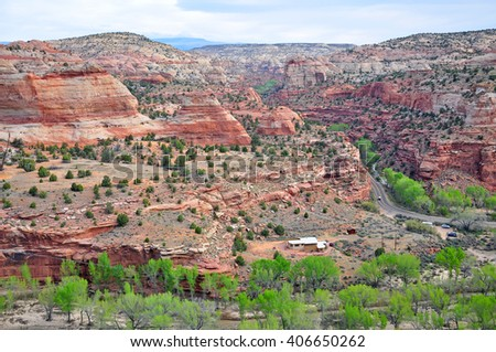 Boynton Overlook,  Utah's Scenic Byway 12,  the overlook serves as a welcome stop to experience the sights and sounds of the Escalante River Canyons. - stock photo