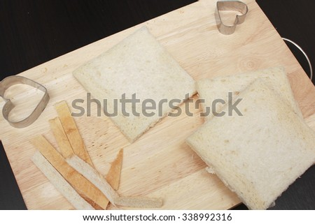 bread slide on the chopping block