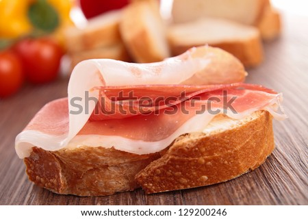 bread with cured ham