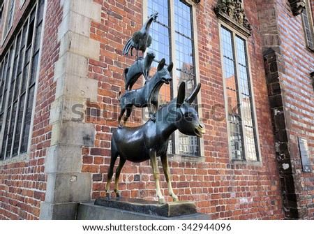 BREMEN, GERMANY - 22 AUGUST 2015: The statue of the Town Musicians of Bremen (Die Bremer Stadtmusikanten), Germany, created by Gerhard Marcks in 1953.