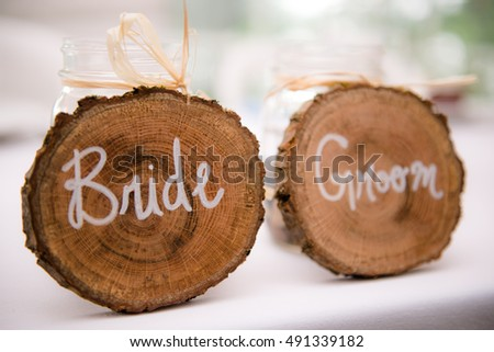 Bride and Groom Place markings for head table