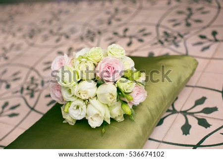 Bride's wedding bouquet.