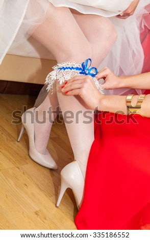 Bride Shows Us Her Right 41