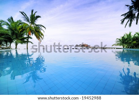 Brimless Swimming Pool in the Best Romantic Tropical Resort - High Quality Photo