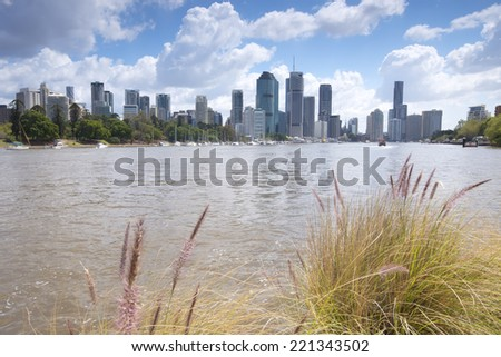 Brisbane, Australia - 26th September, 2014: View from Kangaroo point in Brisbane where tourists visit to see the city and families bbq. - stock photo