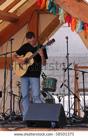 BRISTOL, ENGLAND - JULY 31: Folk music recording artist Ewan McLennan performs at the Harbour Festival on July 31, 2010 in Bristol, England