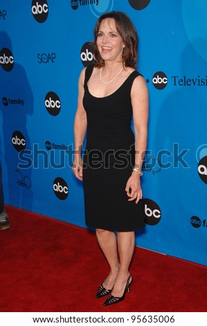 Brothers and Sisters star SALLY FIELD at the Disney ABC TV All Star Party at Kidspace in Pasadena. July 19, 2006  Pasadena, CA  2006 Paul Smith / Featureflash - stock photo