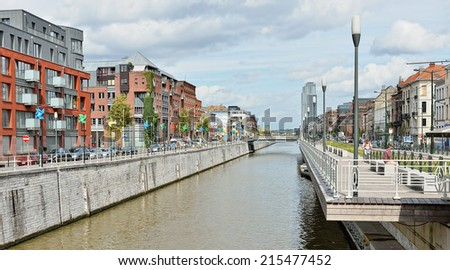 BRUSSELS, BELGIUM-AUGUST 29, 2014: Popular area in Brussels with view of a channel at Quai des Charbonnages - stock photo