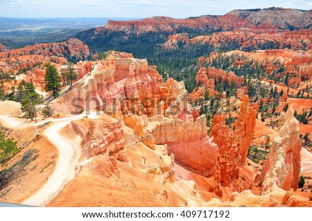 BRYCE CANYON NATIONAL PARK, UTAH, USA - APRIL 22, 2014 : Sunrise Point is on the northern side of Bryce Amphitheater, which is also overlooked at Sunset, Inspiration and Bryce Points.