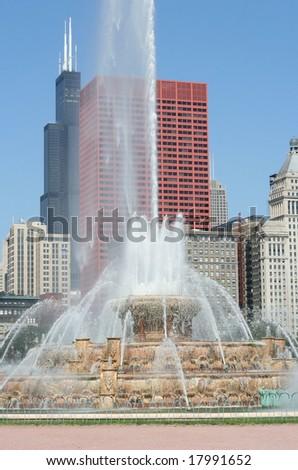 Buckingham fountain in Chicago - stock photo