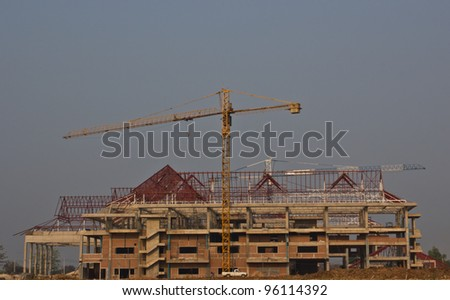 Building construction in bad weather