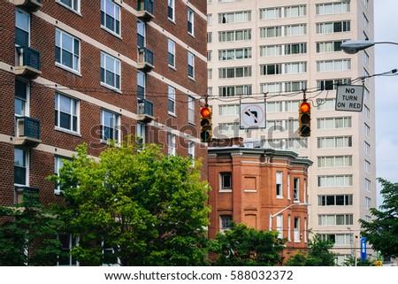 Mount Vernon Baltimore Stock Images RoyaltyFree Images Vectors - Apartments mt vernon baltimore