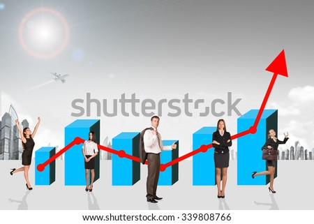 Buisnesspeople with growth graph with city background