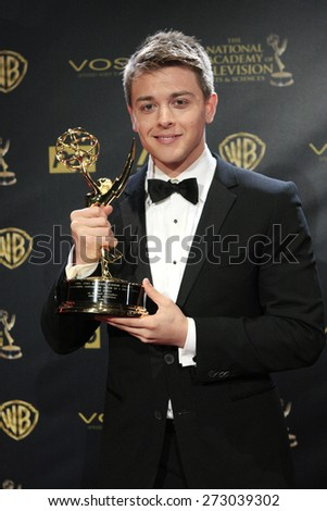 BURBANK - APR 26: Chad Duell at the 42nd Daytime Emmy Awards Gala at Warner Bros. Studio on April 26, 2015 in Burbank, California