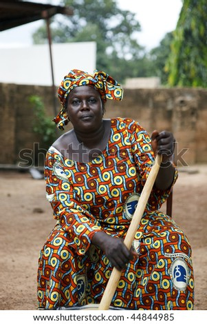 BURKINA FASO - AUGUST 12: Woman of the association of women in Gaoua, performs outstanding work, due to the risk of genital mutilation, August 12, 2009 in Gaoua, Burkina Faso - stock photo