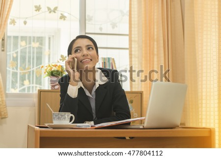 business woman Contact by phone