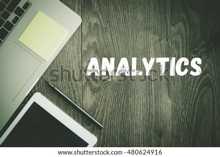 BUSINESS WORKPLACE TECHNOLOGY OFFICE ANALYTICS CONCEPT