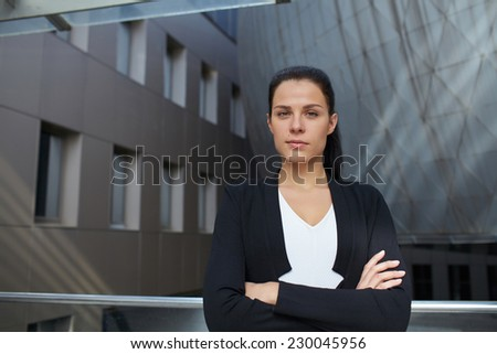 businesswomen outdoor
