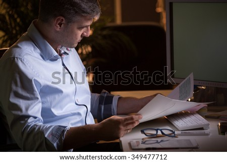 Busy boss has to do lots of paperwork
