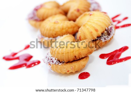 butter biscuits with jam and coconut crumble