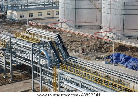 Cable tray in refinery in china/Cable tray - stock photo