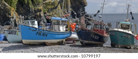 cadgwith harbour and bay fishing village and port cornwall england uk - stock photo