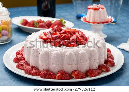 cake mousse parfait with strawberries
