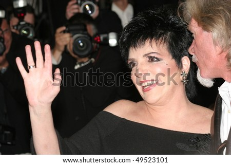 CANNES, FRANCE - MAY 18: Actress Liza Minnelli attends the screening of 'Sin City' at the Grand Theatre during the 58th International Cannes Film Festival May 18, 2005 in Cannes, France
